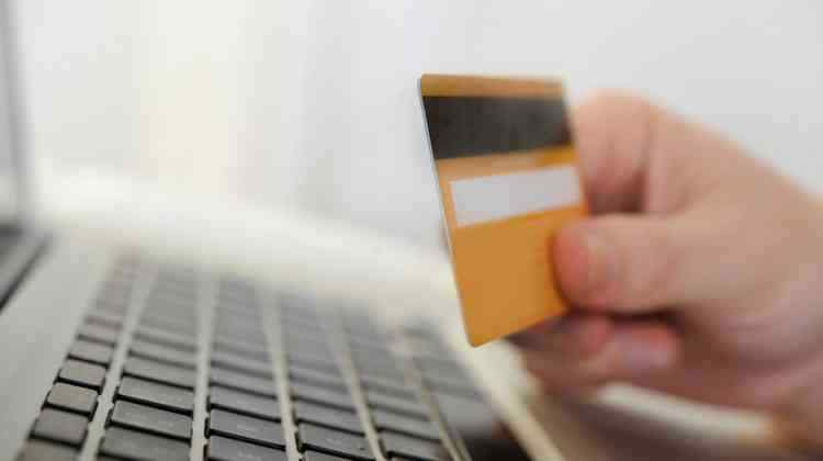 Credit Card Safety Tips and Features