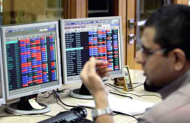 What do stock brokers do?