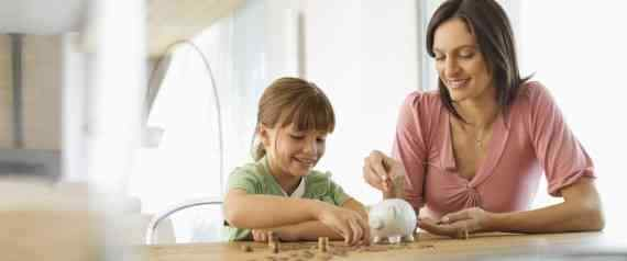 Why It Is Very Essential To Teach Your Kids To Make Financial Decisions - IndianMoney.com