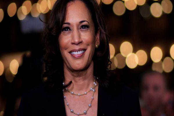 2020 White House hopeful Kamala Harris surges back into limelight