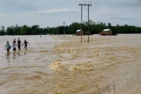 Flood toll rises to 95, heavy rains forecast in Kerala