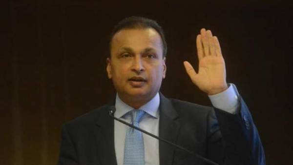 SBI probe flags Rs 5,500 crore deals among Anil Ambani cos