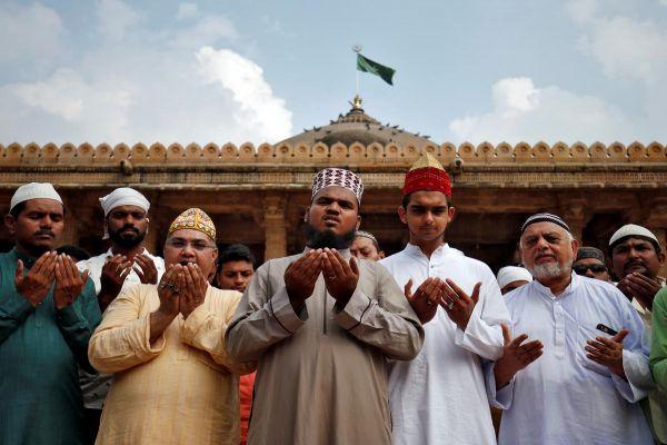 Supreme Court to rule on Hindu-Muslim dispute over Ayodhya site